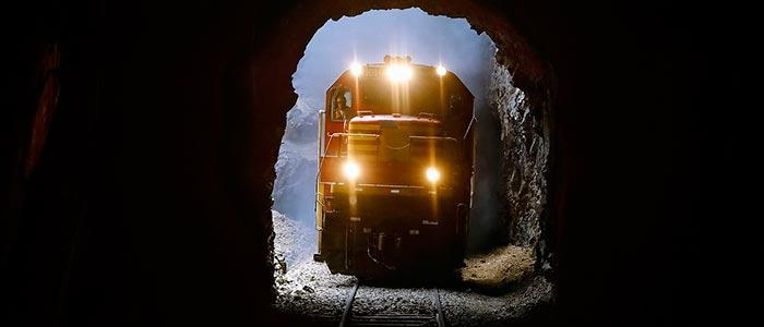 Картинка к сказке Поездка в подземелье
